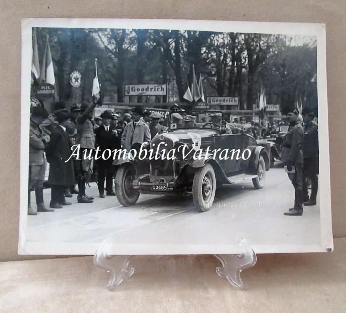 Autore Fotografia Studio A Annibaletto Brescia - Mille Miglia 1930 Citroen C4 N° 9 Giulio Binda – Attilio Belgir.