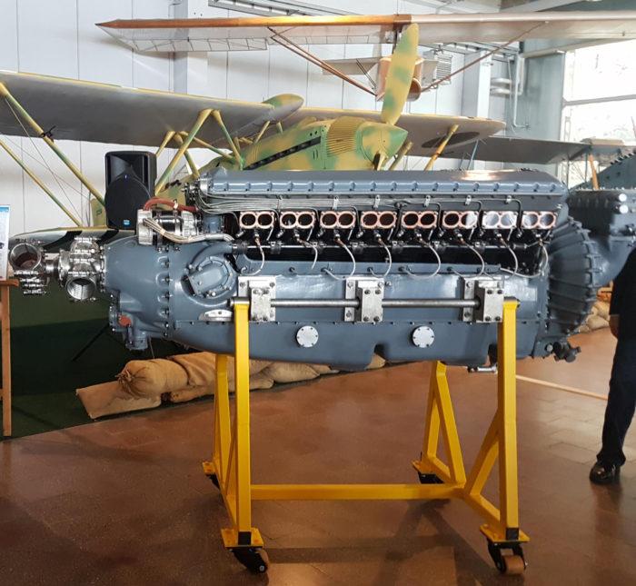 Il motore aeronautico da competizione FIAT AS8